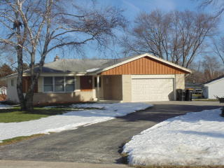 8048 North Edge O Woods Drive, Brown Deer WI