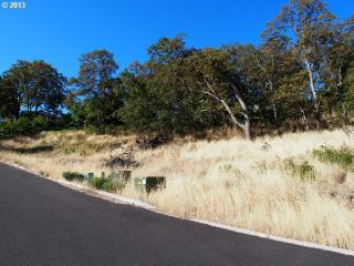2320 West 12th Street, The Dalles OR