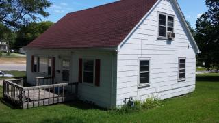 1040 2nd Ave E, Horton, KS 66439