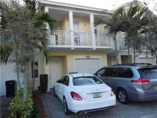 11406 Northwest 74th Terrace, Medley FL