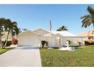 5751 Southwest 9th Court, Cape Coral FL