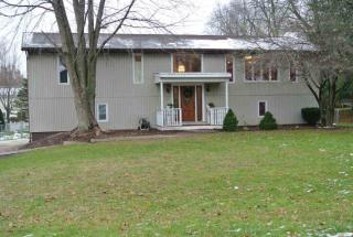 11040 Forest Drive, Plymouth IN