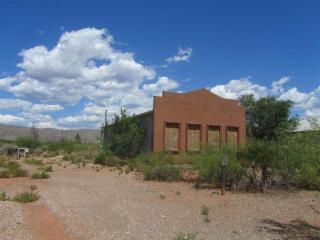 6997 Us Highway 54/70, La Luz NM