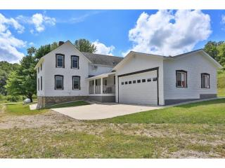 W5080 730th Avenue, Spring Valley WI