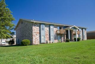 2122 S Barcliff Ave, Springfield, MO 65804