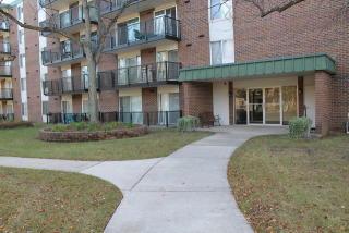 5S040 Pebblewood Lane #W303, Naperville IL