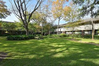 644 South Ripple Creek Drive, Houston TX