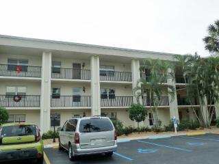 1828 Pine Valley Drive #206, Fort Myers FL