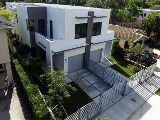 3748 Southwest 27th Lane, Miami FL