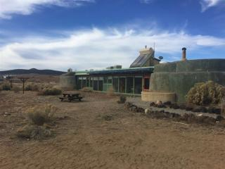 13 South Lemuria, Taos NM