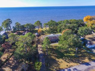 224 Griggs Acres Drive, Point Harbor NC