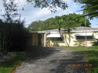 6895 Southwest 144th Street, Palmetto Bay FL
