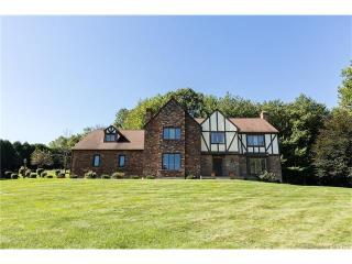 67 Falcon Crest Road, Middlebury CT