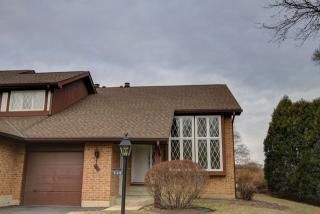 530 Cress Creek Court, Crystal Lake IL