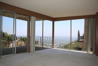 1690 Mountcrest Avenue, Los Angeles CA