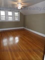 7 Riverview Rd, Brighton, MA