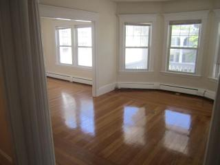 134 Middlesex Road #3, Chestnut Hill MA
