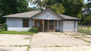 12114 Creekside Drive, Pinehurst TX