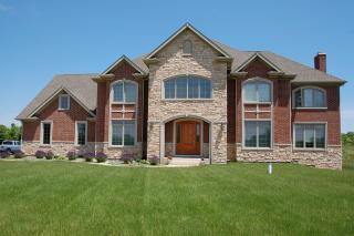 126 Governors Court, Hawthorn Woods IL