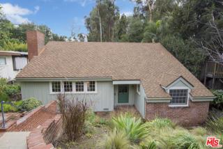 424 North Greencraig Road, Los Angeles CA