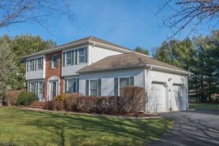 8 Wright Court, Succasunna NJ
