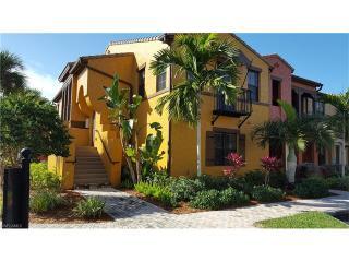 8986 Cambria Circle #2201, Naples FL
