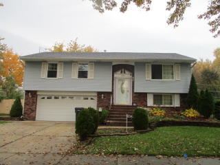 402 Library Lane, Streamwood IL