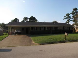 1520 Duncan Drive, Henderson TX