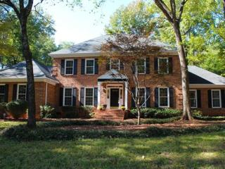 2916 Cross Country Road, Charlotte NC