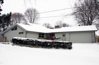 2339 Oakwood Drive Southeast, East Grand Rapids MI