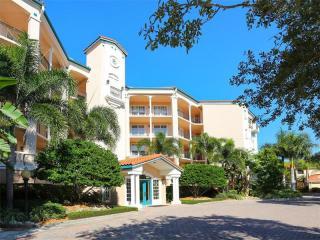 5430 Eagles Point Circle #305, Sarasota FL