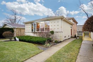 3745 Enfield Avenue, Skokie IL