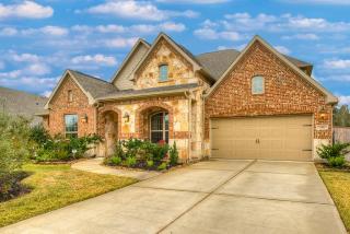 150 Hunter Hollow Drive, Montgomery TX
