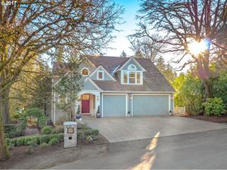16793 Graef Cir, Lake Oswego, OR