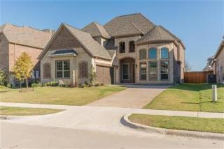 718 Colby Drive, Mansfield TX