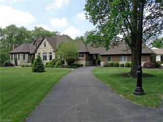15758 Indian Hollow Road, Grafton OH