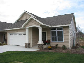 2477 Sawtooth Court #67, Holland MI
