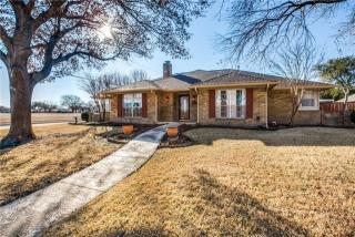 2700 Crow Valley Trl, Plano, TX