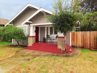 826 Dawson Avenue, Long Beach CA