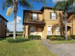 570 Calabria Avenue, Davenport FL