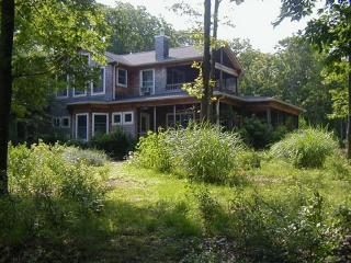 79 Gardiners Bay Drive Rented, Shelter Island NY