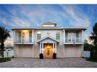 524 Villa Rosa Way, Anna Maria FL