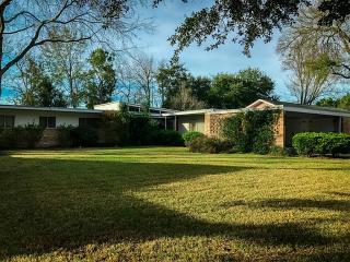 9706 Cliffwood Drive, Houston TX
