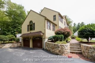 90 Bayberry Road, Raynham MA