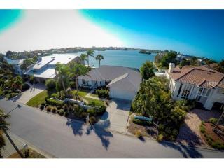 615 North Point Drive, Holmes Beach FL