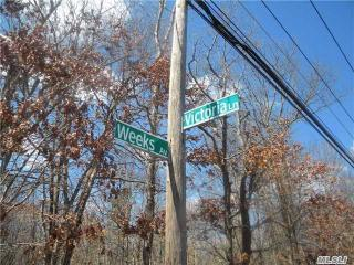 Weeks Avenue, Manorville NY