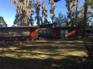 18605 Lakeshore Drive, Lutz FL