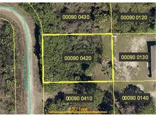1249 Cavalier Circle, Lehigh Acres FL