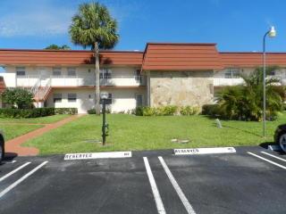 12018 Greenway Circle South #204, Royal Palm Beach FL