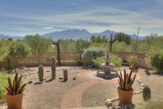 660 West Via De Suenos, Green Valley AZ
